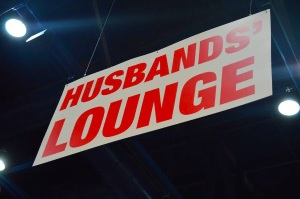 husbands-lounge